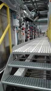 Semi-automatic single-row line for the application and removal of wax insulating coatings, line for the removal of low quality coatings.
